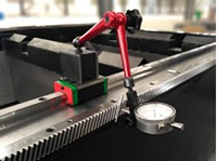 Máquina de Corte a LASER com Tecnologia de Fibra Ótica